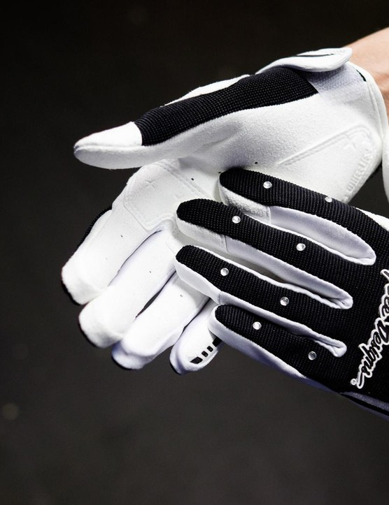 These new gloves from Troy Lee place diamantés where you'd normally find plain old rubber