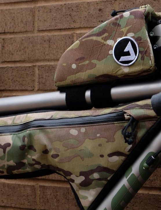 Colorado-based JPaks completes the build with a top tube, partial frame pack and seat pack