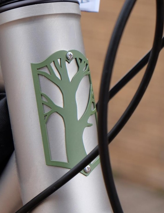 Mosaic builds road, cyclocross, mountain and gravel bikes in steel as well as Ti