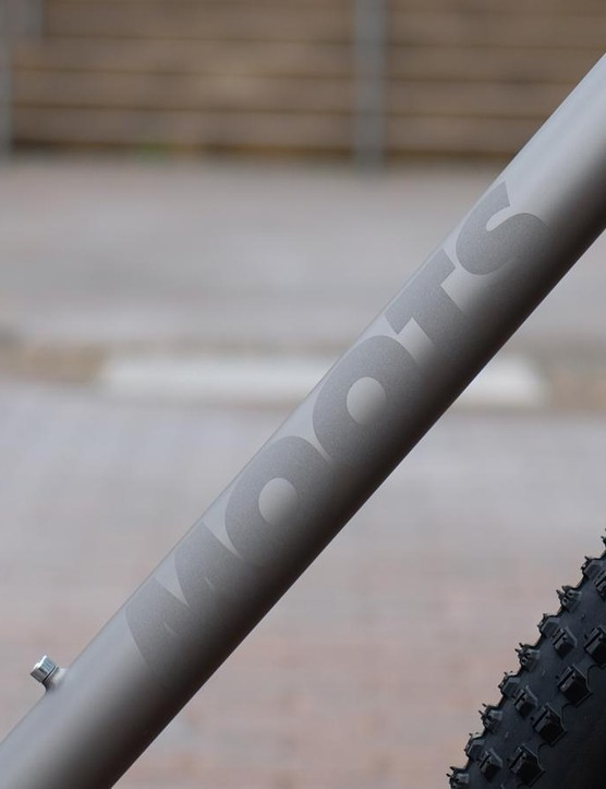 The etched Moots logos have an appealing understated look