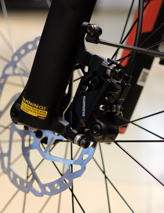 Shimano's lower end hydraulic disc brakes proved as dependable as ever