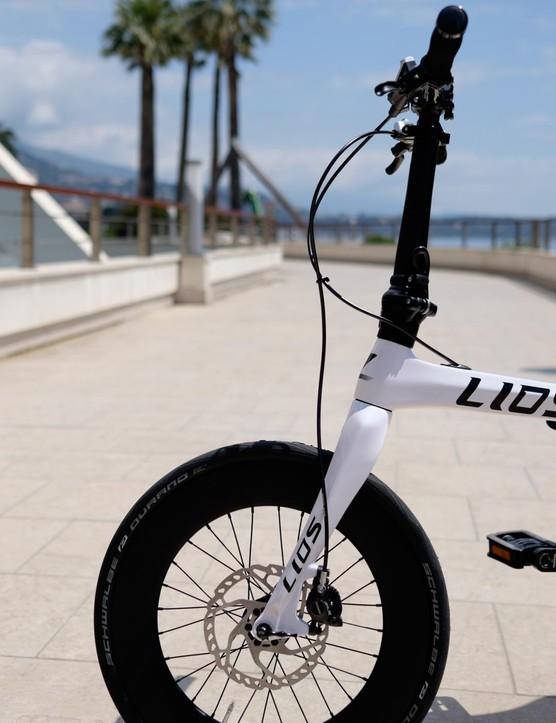 Disc brakes are still a rare sight on folding bikes