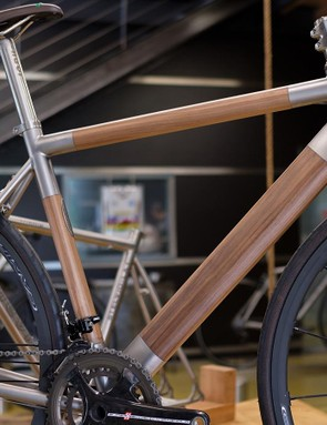 Nevi's Titanio Legno frame is based on Nevi's existing Spinas race bike