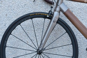 Like the frame, Nevi's unique titanium fork is produced in-house at the company's Bergamo base