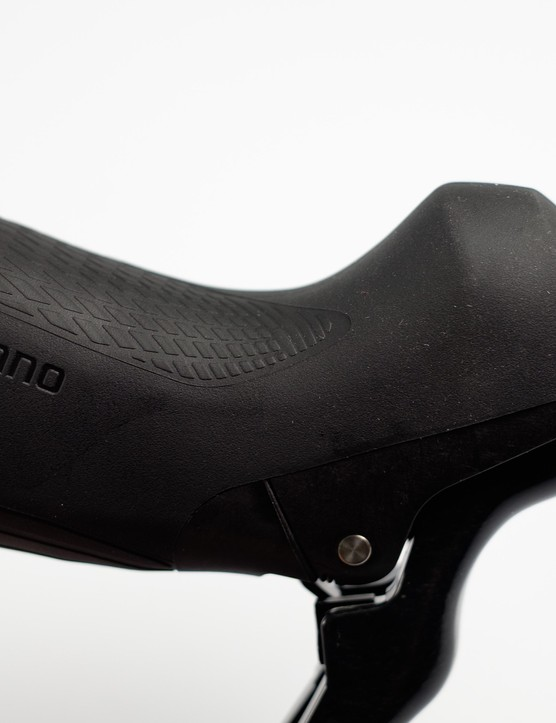 The textured areas at the hoods are very similar to those used on the company's Dura-Ace components