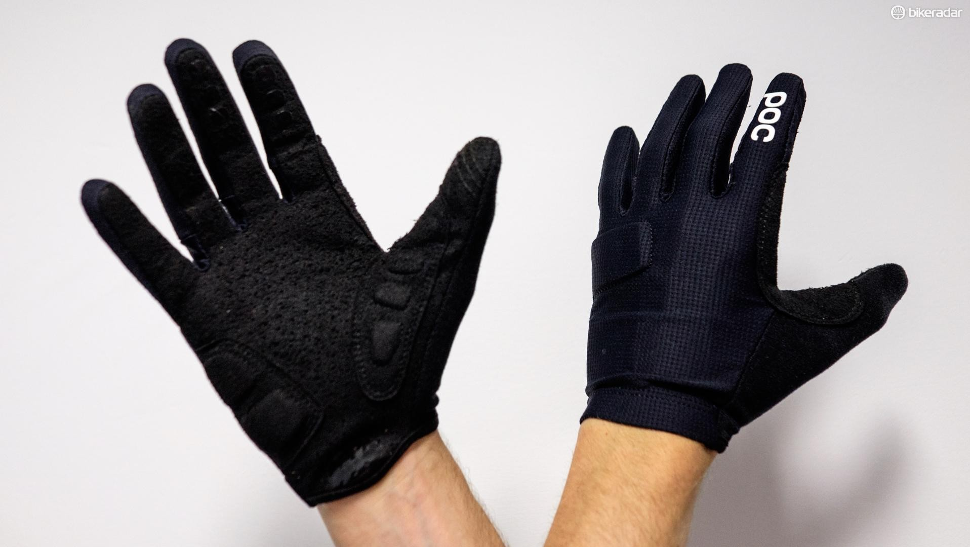 POC Index Flow Gloves are easy to put on, with knuckle protection for any unfortunate offs