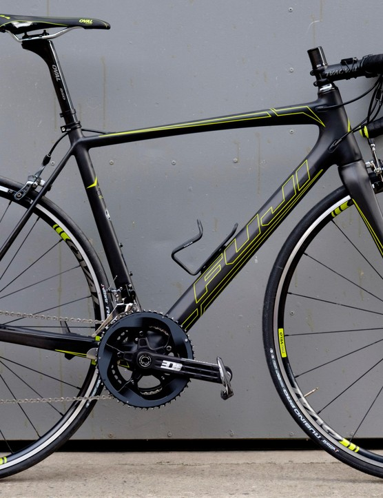 Fuji's 2017 SL 1.5 was picked by BikeRadar's pain-loving Joe Norledge for its sub-7kg weight and —relatively speaking —affordability