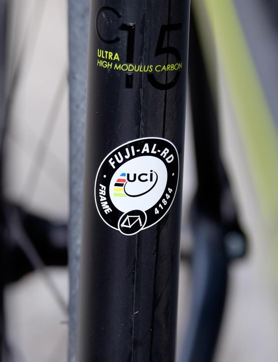 The SL 1.5 uses a UCI approved frame