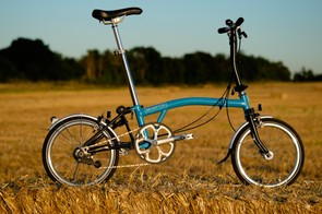 Once unfolded, the Brompton S2L offers an ideal ride for shorter, more leisurely commuting