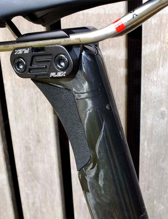 The S-Flex carbon seatpost is narrower than before and has a larger silicone rubber-filled window for vibration reduction