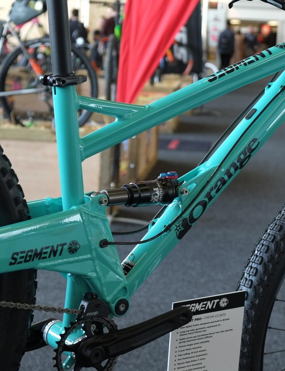 The 2016 Segment frame drops an impressive 400g over the 2015 model