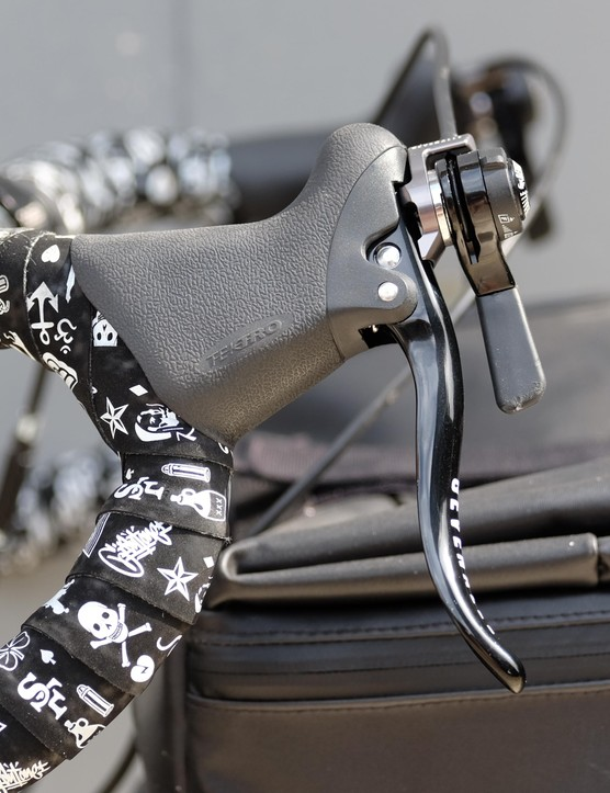 These Gevenalle GX shifters are compatible with Shimano Dyna-Sys MTB derailleurs