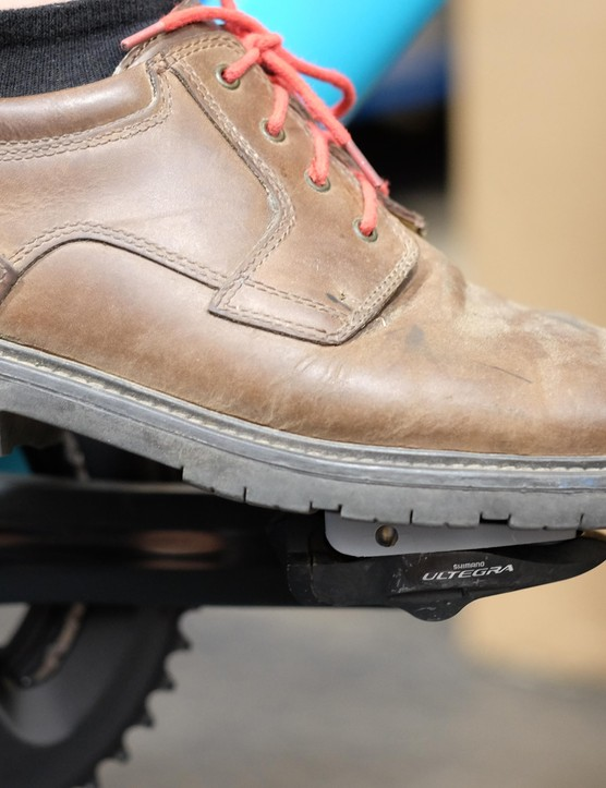 Pedal Plates mean you can combine casual shoes with clipless pedals