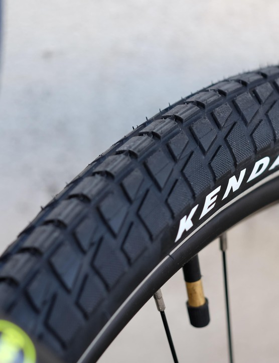 It's great to see tyres from a big name brand on a bike of this price