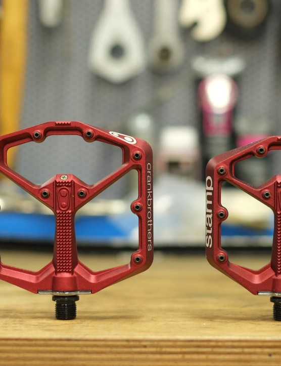 Crankbrothers new Stamp flat pedal is offered in two sizes