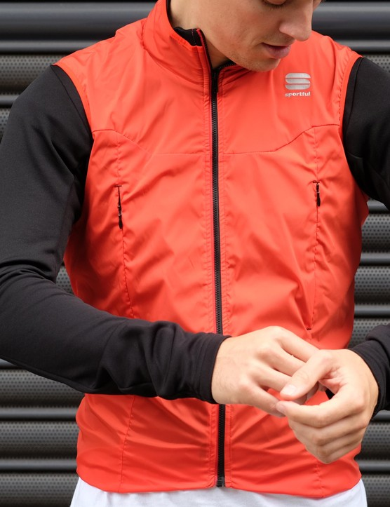The under section of the R&D Strato is essentially a highly breathable thermal jersey