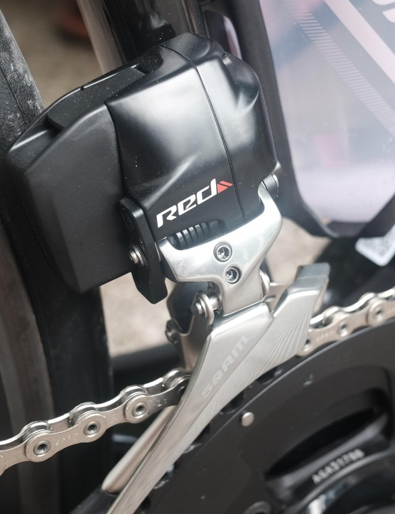 The top of the range model features a SRAM Red eTap groupset