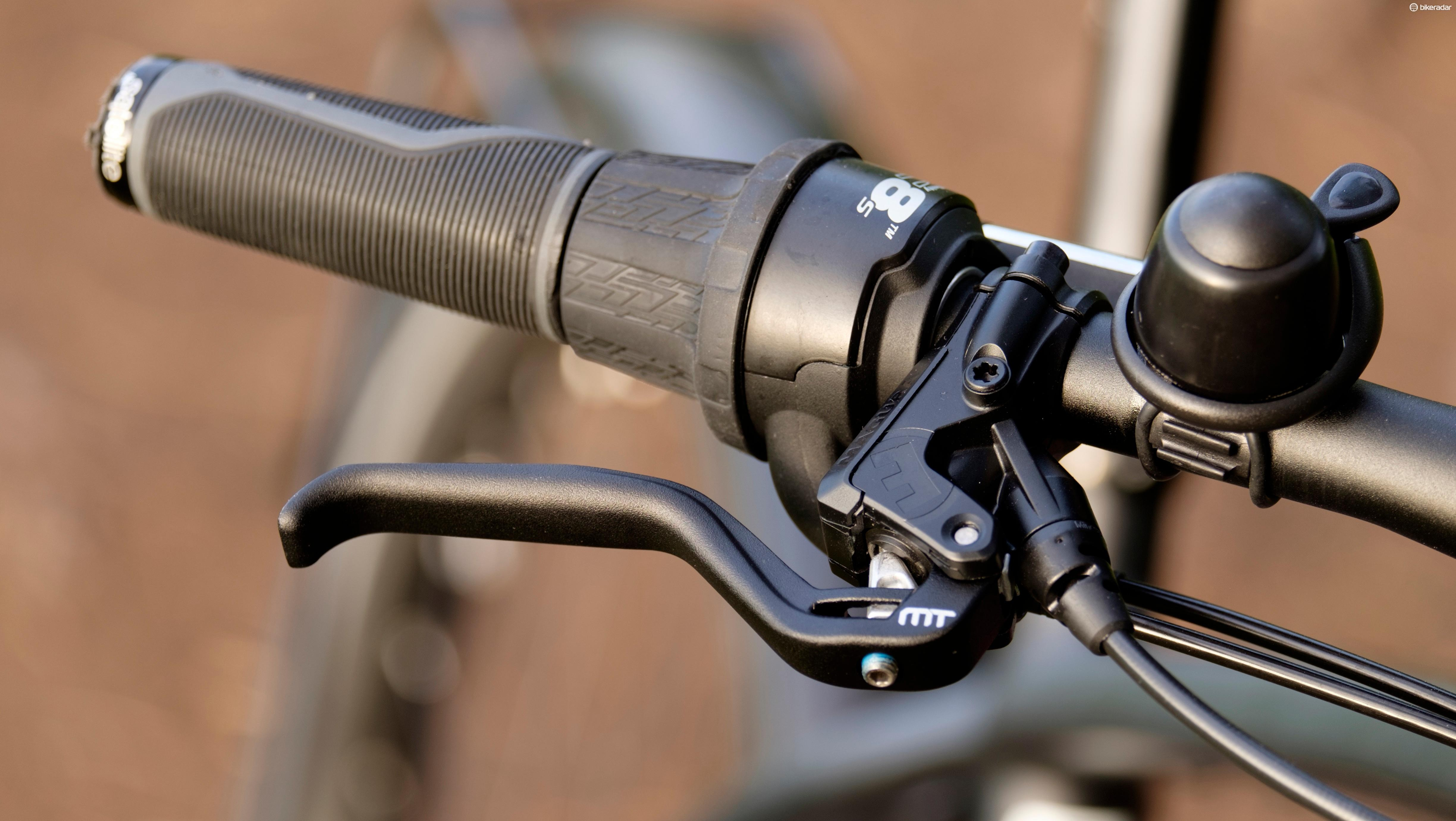 Maguar's MT5/4 brakes provide adequate stopping power