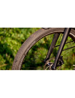 2.4in Schwalbe Super Moto-X tyres make for superb on-road manners