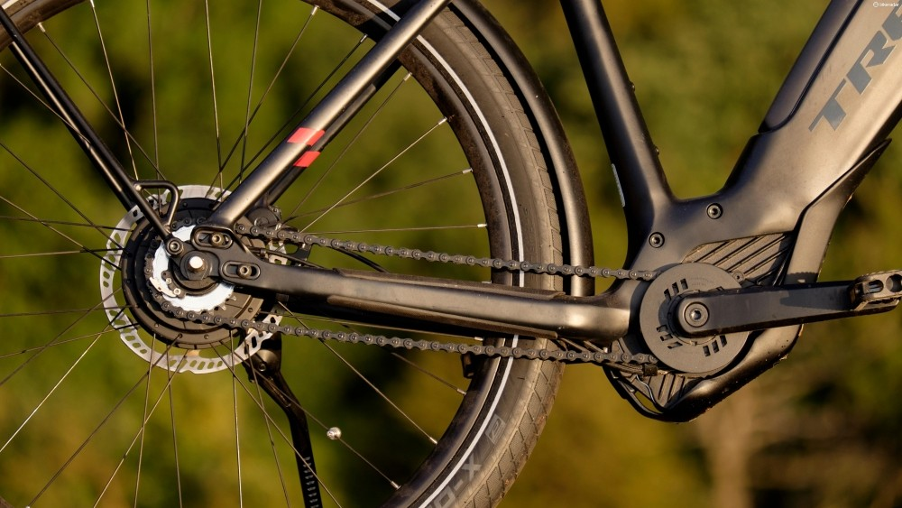 It turns out that the unusual Devinci hub gear is the perfect companion for Bosch's powerful CX motor