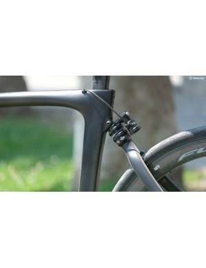 HiRide's ESAS system fitted to a Pinarello K10S frame