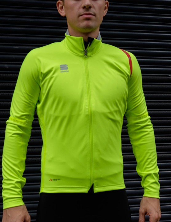 Sportful's Fiandre Extreme is the range topping jacket from the Fiandre line