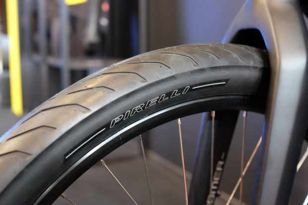 To get hold of Pirelli's Cycl-e tyre you first have to buy a Stromer ST5 e-bike
