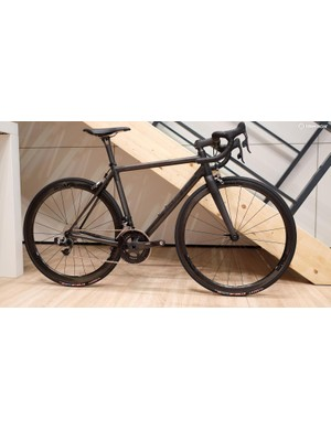 There's nothing new about this Parlee, but it's still utterly gorgeous