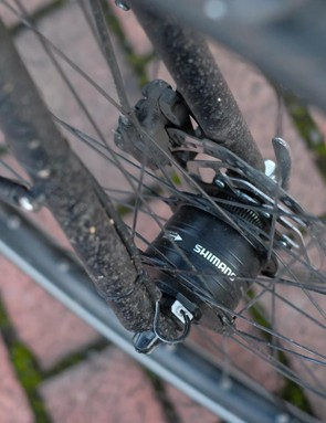A Shimano dynamo front hub means you'll never be stuck in the dark