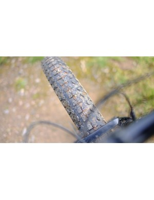 3.25in Trax Fatty tyres from Vee provide plenty of grip in most conditions
