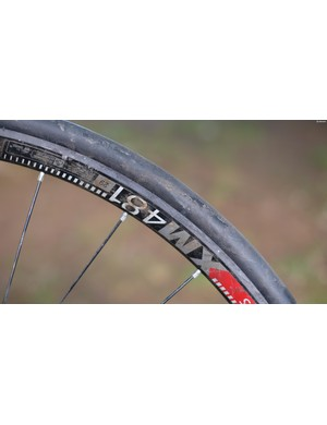 The Flat Tire Defender Enduro Kit is essentially a round tube of high-density foam which stretches onto the rim and sits in the rim bed