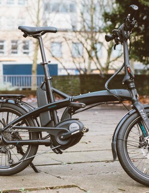 The Vektron was introduced to resolve what Tern considered to be three critical shortcomings of most electric bikes: portability, storage and security