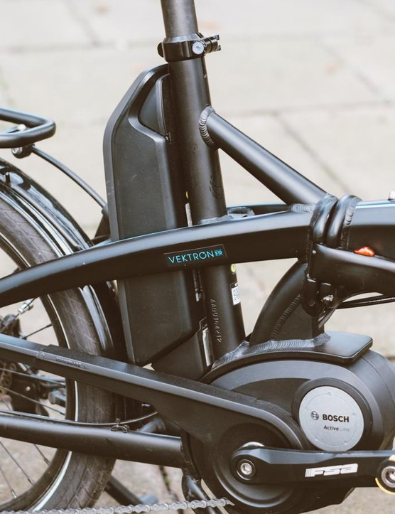 The Bosch battery unit lives comfortably behind the frame's seat tube