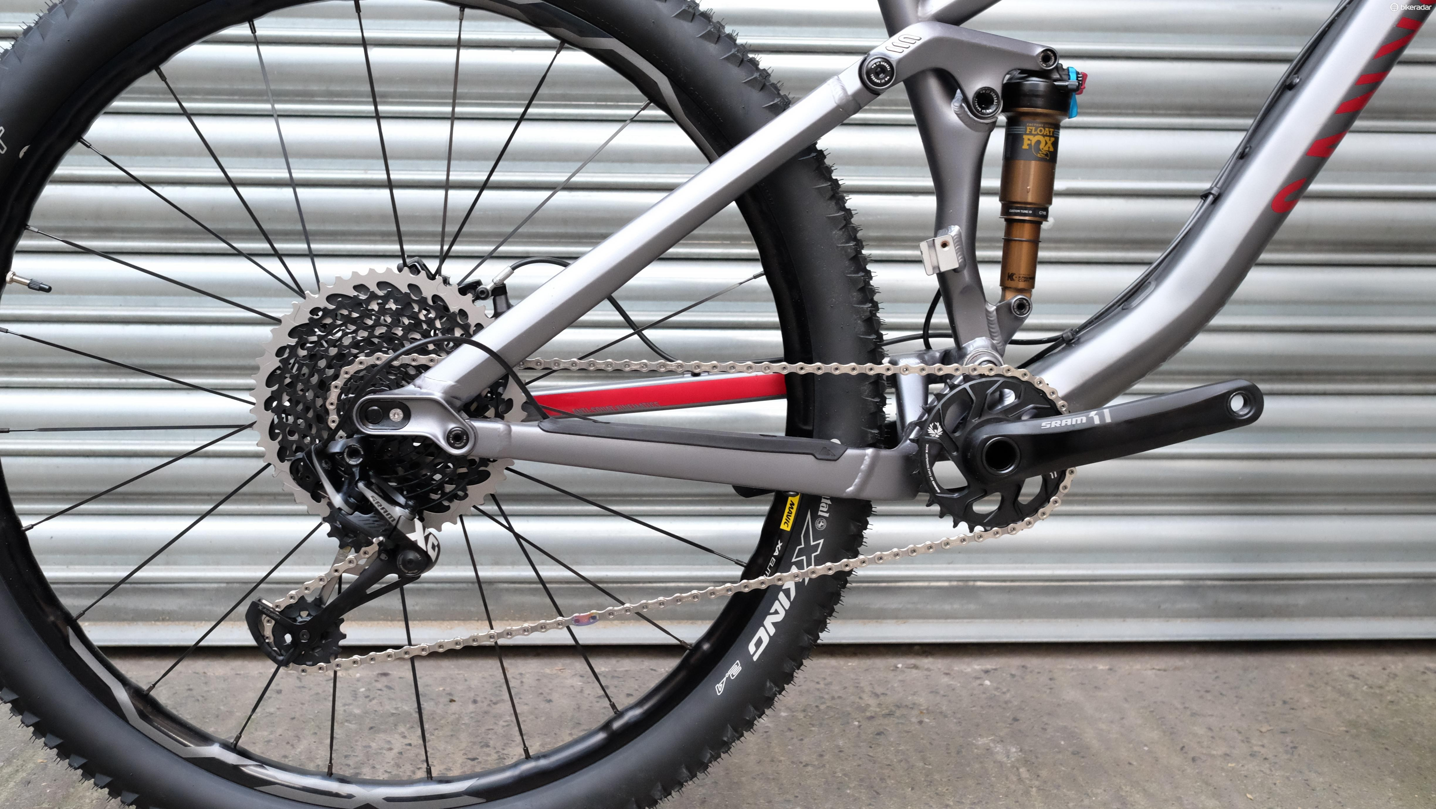 Proven Horst-link rear end is dominated by SRAM's enormous Eagle 50t, 12-speed cassette