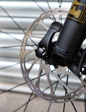 The Boost spaced Fox 34 offers the same three position adjustment as the Float DPS rear shock