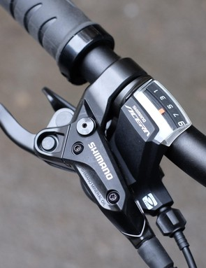 Large gear displays and three finger levers are ideal for inexperienced riders