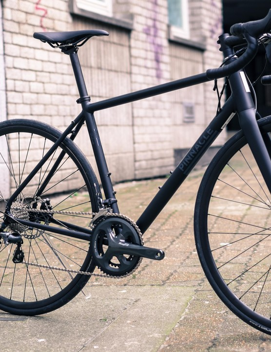 All-black bikes have been done to death recently, but this Dolomite 4 is not a bad looking bike