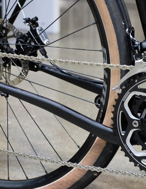The bike uses dropped chainstays to improve clearances around the bottom bracket
