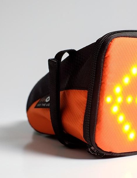The FHOSS saddle bag doubles up as an indicator or rear light