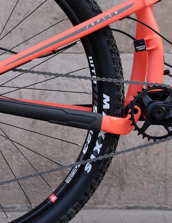 Race Face and SRAM combine to provide the 1x11 gearing