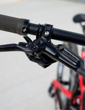 Not so much as a scratch on the the levers of Breeden's Guide RS brakes