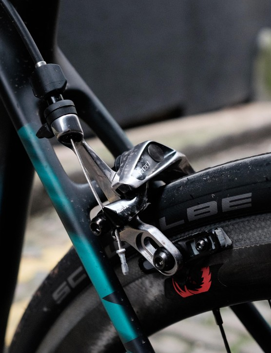 SRAM also supplies the brakes, range-topping parts from its Red group