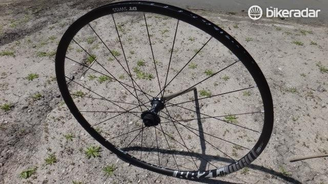 DT Swiss showed off a new disc version of its RR21 road wheel. The Centerlock compatbile wheels uses DT's DiCut hubs and ships with axle caps for QR, 12mm and 15mm front, QR, 142x12 and 10mm rear fitment.
