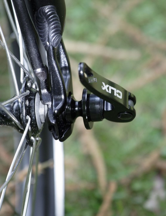 The double fork makes stowing the front wheel quick