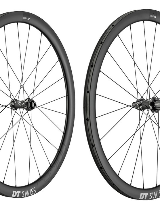 The CRC1100s use deeper rims than the 1400s but are lighter thanks to the use of ceramic bearings and a superlight freehub body