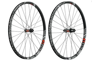 The biggest range of rim widths comes on the all-mountain/trail XM range, from 22.5mm up to 40mm for plus bikes