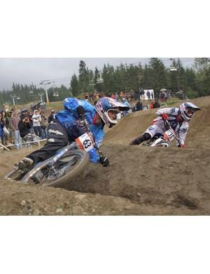Dual Slalom race action