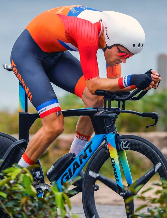 Tom Dumoulin flies to second place in the Olympic time trial on a Giant Trinity Advanced TT