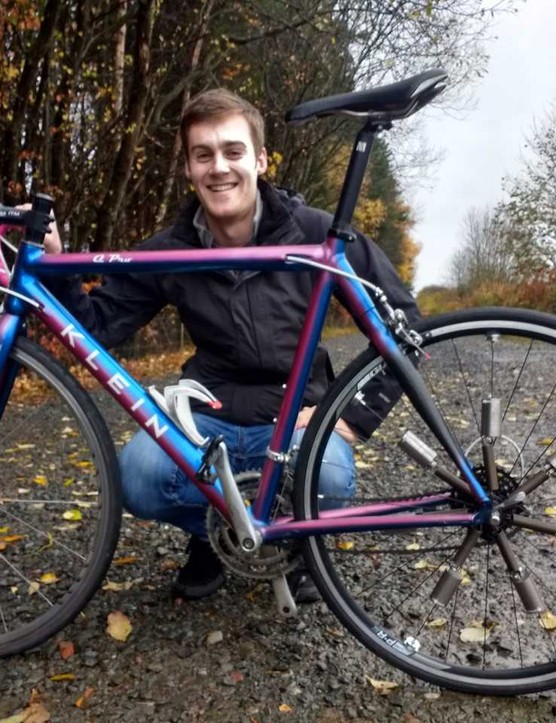 James Carchrie shows off his dynamically weighted wheel system