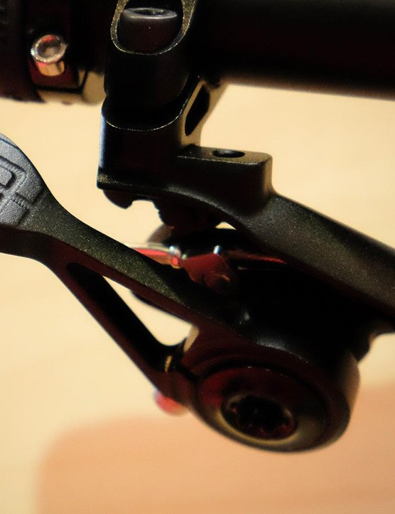 The e*thirteen TRS+ dropper remote looks well-thought out
